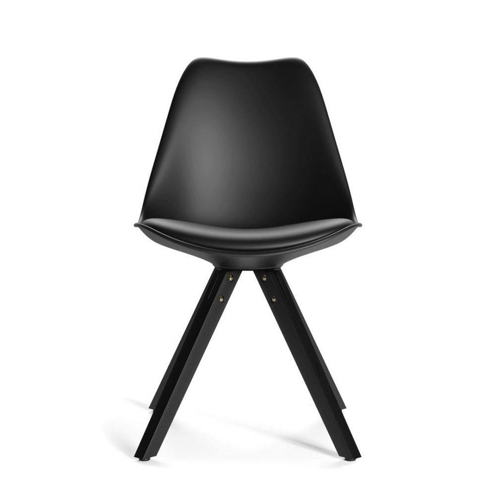 Wayner Chair, Black + Black Legs